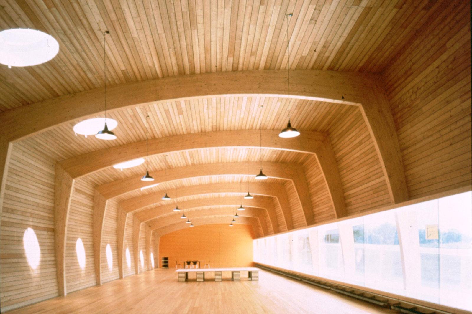 Brico castellar almacen de maderas vigas pergolas - Estructura madera laminada ...